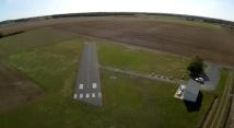 Vue aérienne axe piste